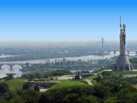 Обзорная экскурсия по Киеву + прогулка по Днепру